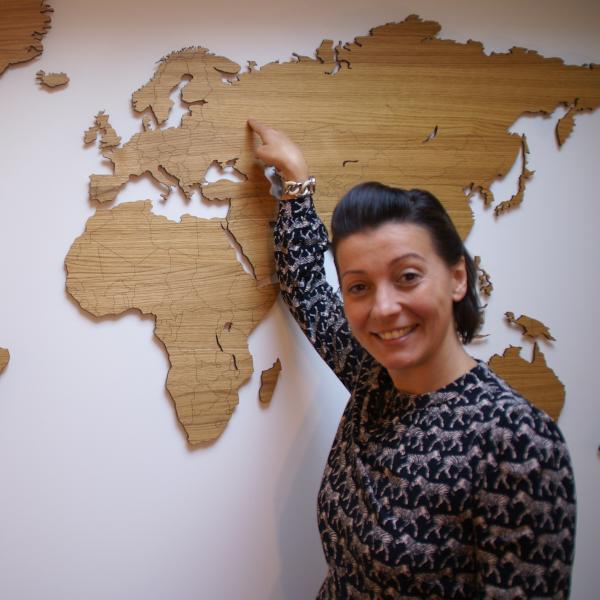 expat Katya at Taatlhuis
