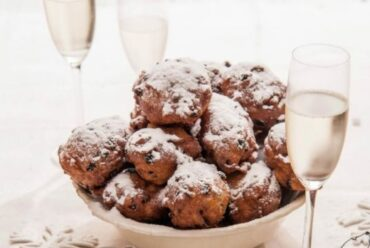 Oliebollen and DIY fireworks: The Dutch way of celebrating the new year